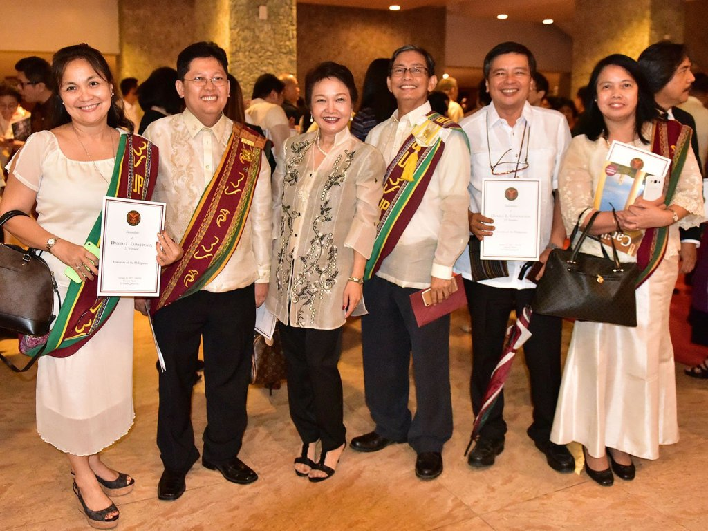 UP officials and faculty members were at the UP president's investiture. (Photo by Bong Arboleda, UP MPRO)