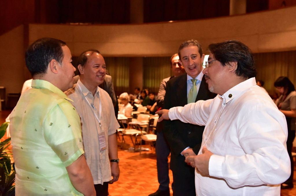 UP Executive Vice President Teodoro Herbosa and Prof. Ricardo Jose of the UP Department of History welcome Spanish Ambassador to the Philippines Luis Antonio Calvo Castaño and National Historical Commission of the Philippines Chair Rene Escalante at the opening ceremonies of the 15th Philippine-Spanish Friendship Day Conference on October 5, 2017 at UP Diliman, Quezon City.