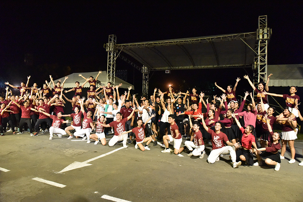 College of Human Kinetics participants give a lively ending to their presentation. (Photo by Bong Arboleda, UP MPRO)