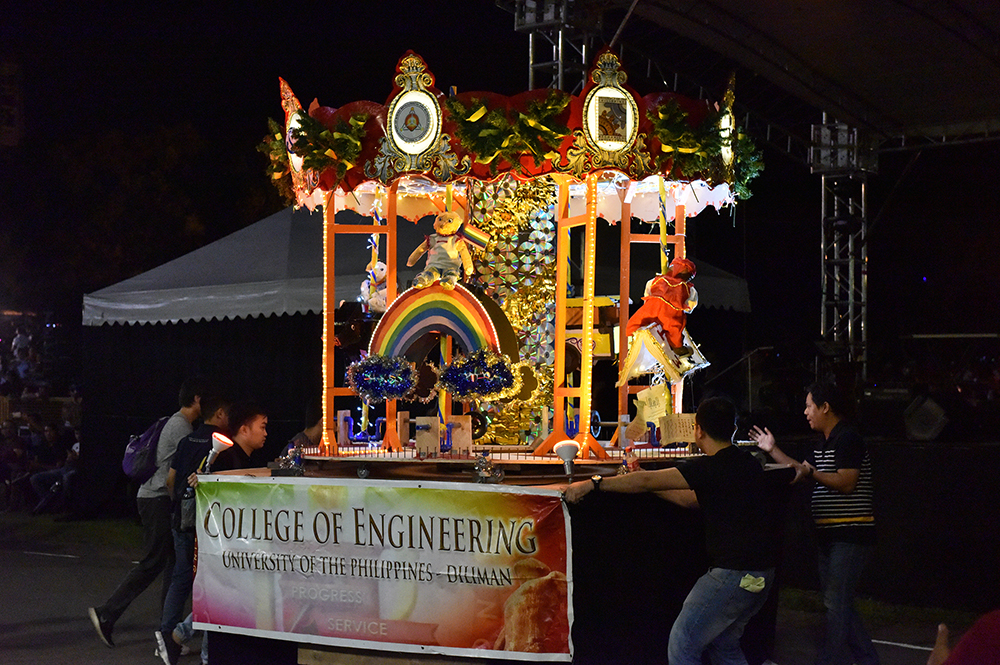 The winning lantern of the College of Engineering, featuring technologies. (Photo by Bong Arboleda, UP MPRO)