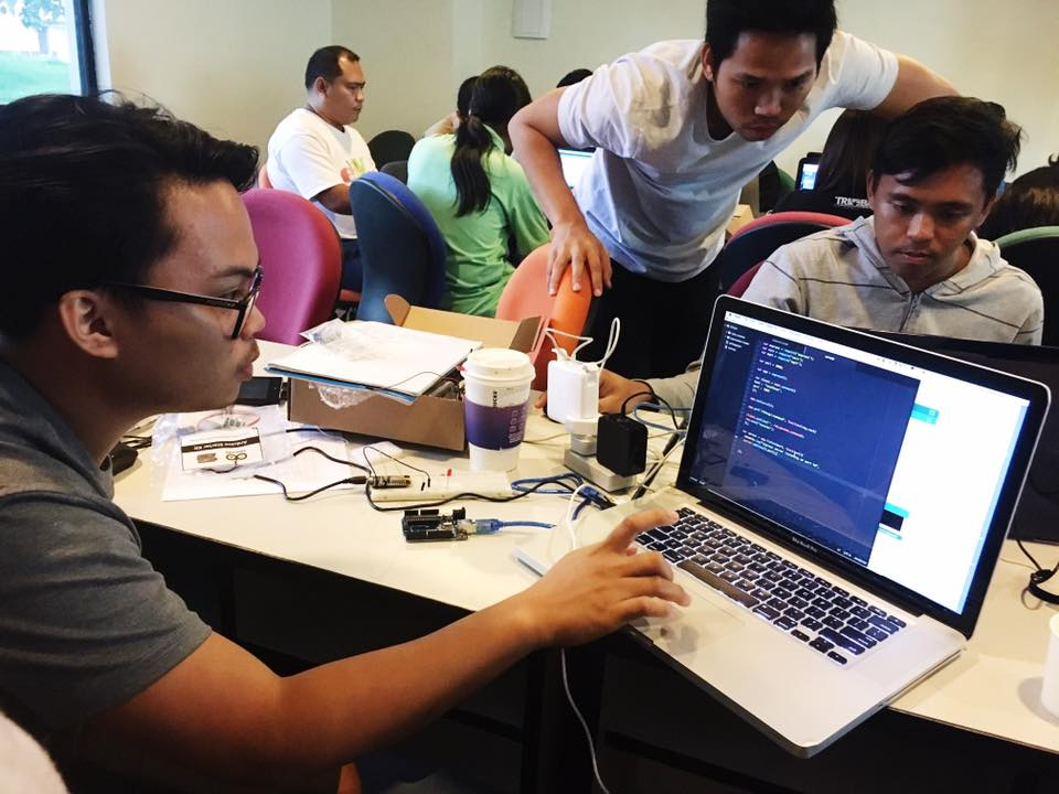 A UP Cebu Fablab workshop features IoT technology. (Photo courtesy of the Fablab UP Cebu Facebook)