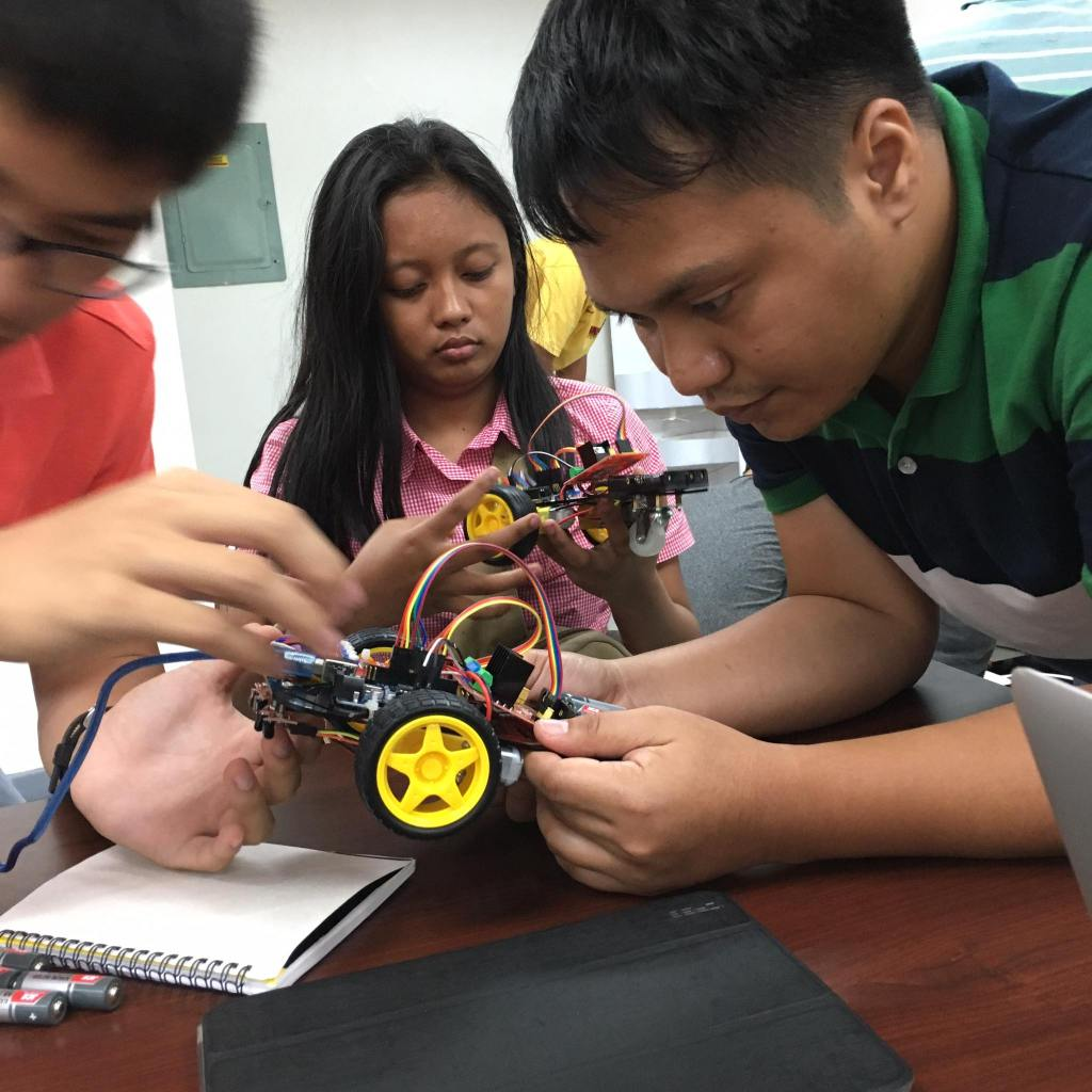 Summer workshop sessions at the UP Cebu Fablab include Arduino, Robotics, Iot and Wearables. (Photo courtesy of the Fablab UP Cebu Facebook)