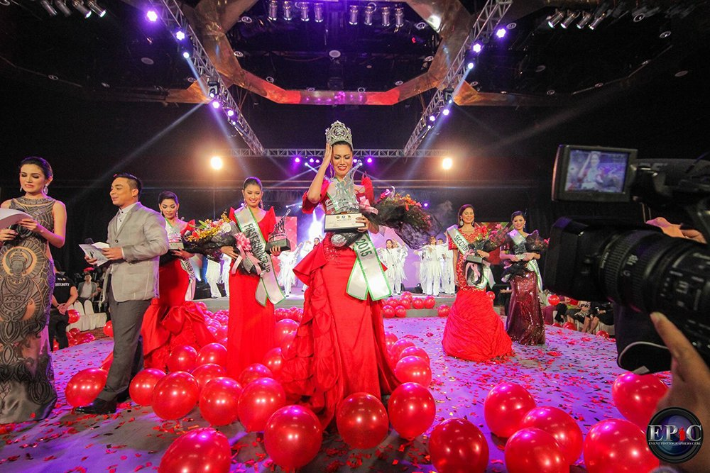 Wynonah Buot winning Miss Cebu in 2015 (Photo by Epic Events Photography)