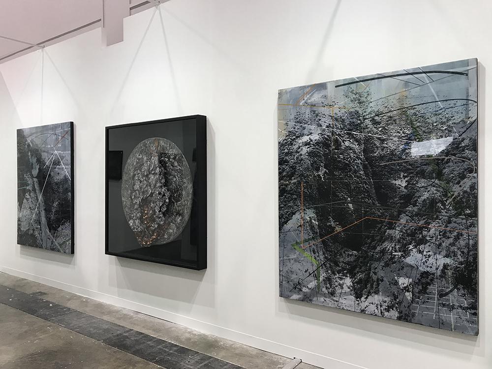 Installation view of artworks at the Art Basel Hong Kong 2018 (Photo courtesy of Artinformal)