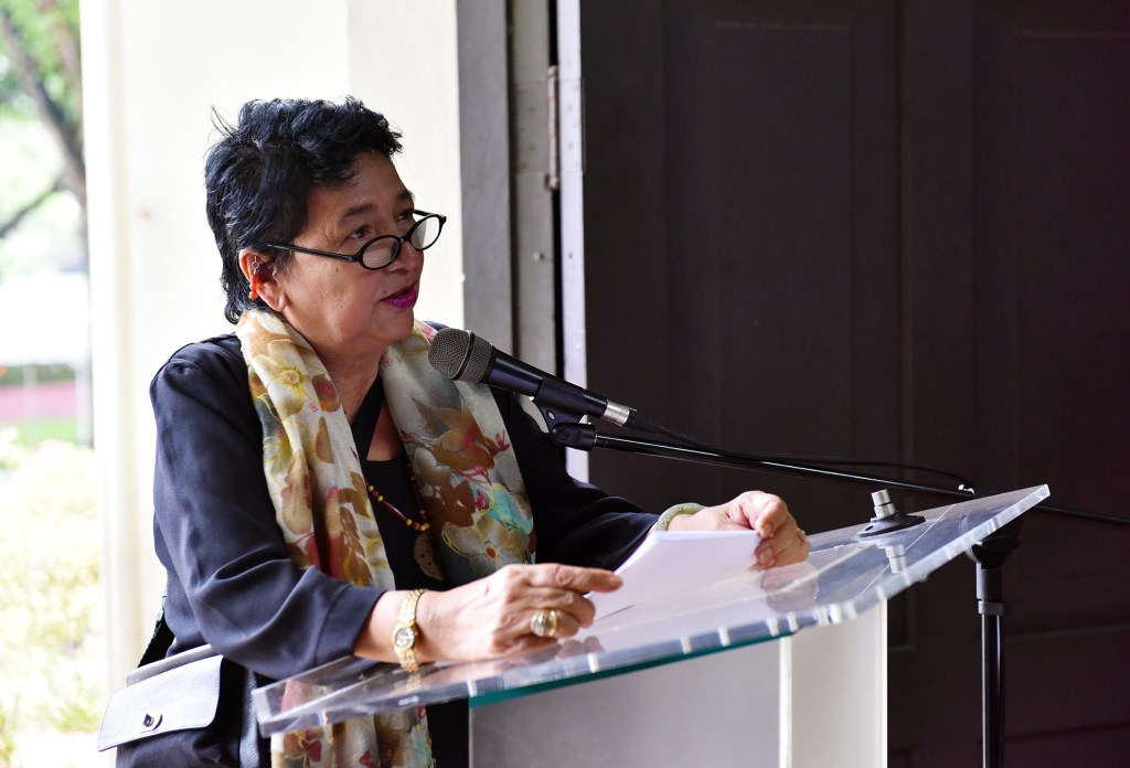 UP Professor Emeritus for Film and former Chancellor of the UP Open University, Dr. Grace Javier Alfonso, explains her design of new UP Cebu Oblation.
