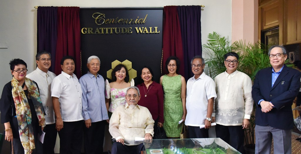 "From left to right: Dr. Grace Javier Alfonso, Jose Paolo Soriano, son of UP President Emanuel Soriano, UP Los Baños Chancellor Dr. Fernando Sanchez, UP President Alfredo Pascual, UP Cebu Chancellor Liza Corro, UP President Francisco Nemenzo, UP Open University Chancellor Melinda Bandelaria, Faculty Regent Patricia Arinto, Vice President for Administration Nestor Yunque, Regent Frederick Mikhail ""Spocky"" Farolan, Vice President for Public Affairs Jose Dalisay, Jr."
