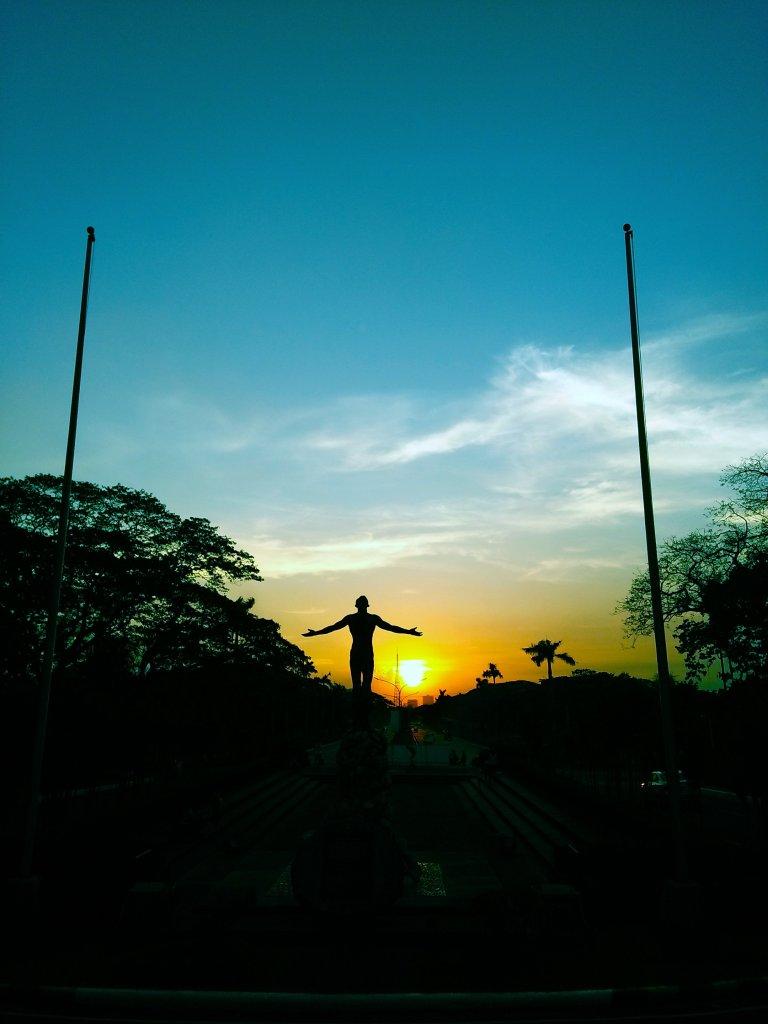 Oblation at sunset by Celeste Ann L. Castillo, UP MPRO