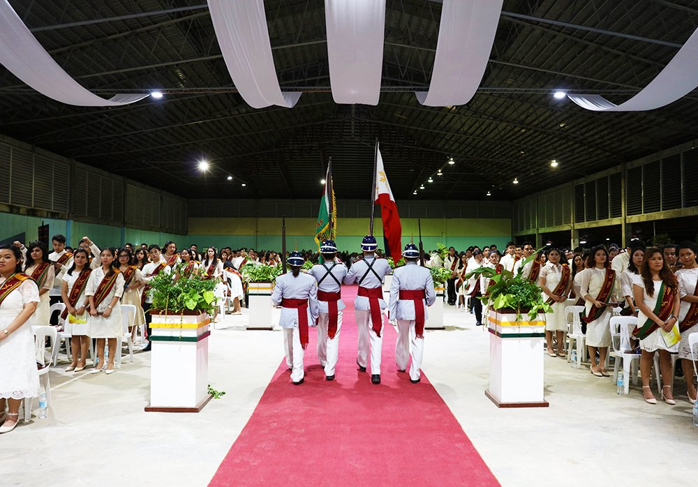 The exit of colors by the UP Rayadillo signal the start of the recessional. (Photo by Misael Bacani, UP MPRO)