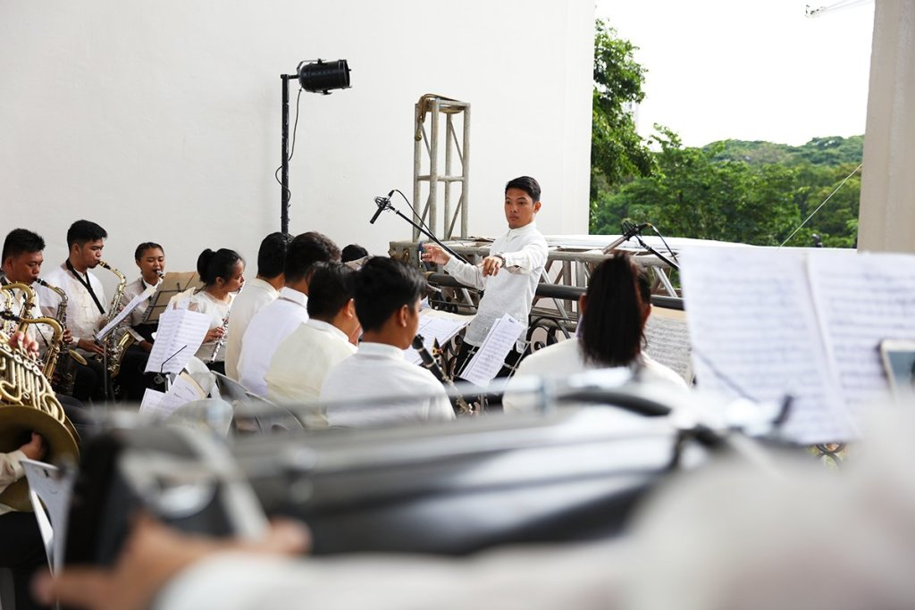 The UP ROTC Band on the Quezon Hall Bridge (Photo by Misael Bacani, UP MPRO)