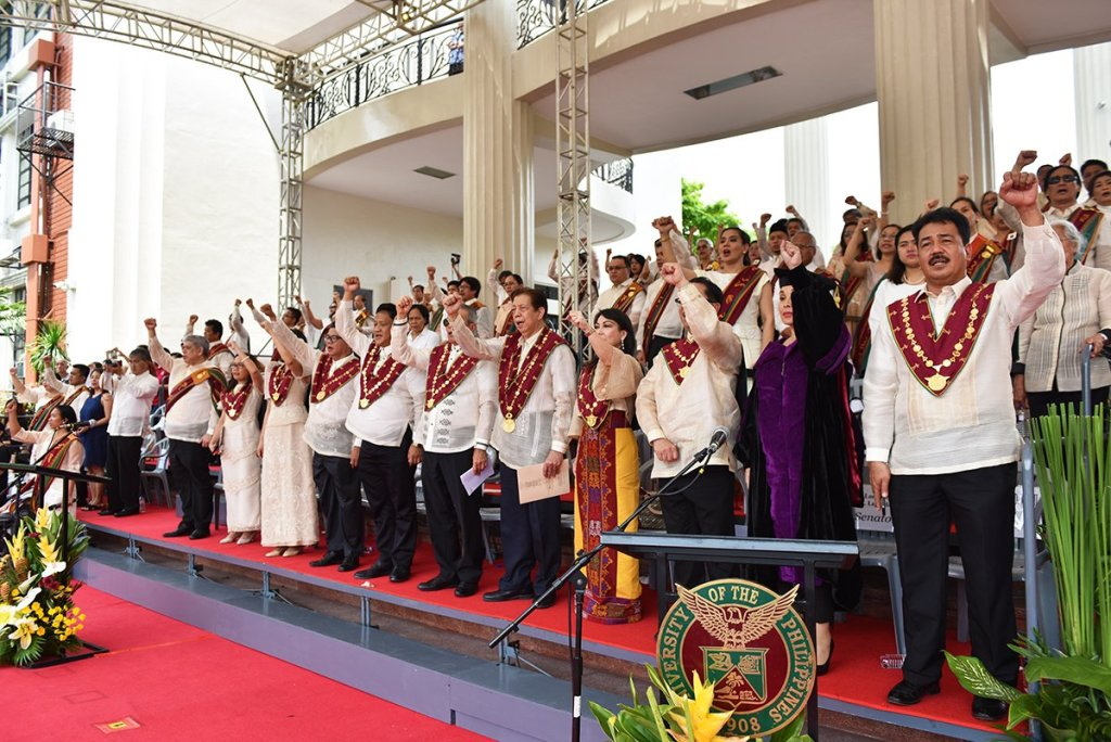 """The University's top governing body as they sing """"UP Naming Mahal"""" at the end of the ceremonies. (Photo by Abraham Arboleda, UP MPRO)"""
