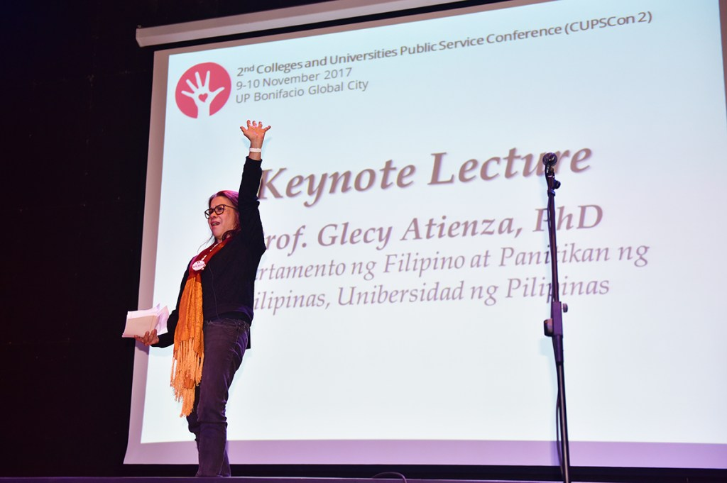 Atienza shares her experience in running a community theater at the 2nd CUPSCon in UP BGC. (Photo by Bong Arboleda, UP MPRO)