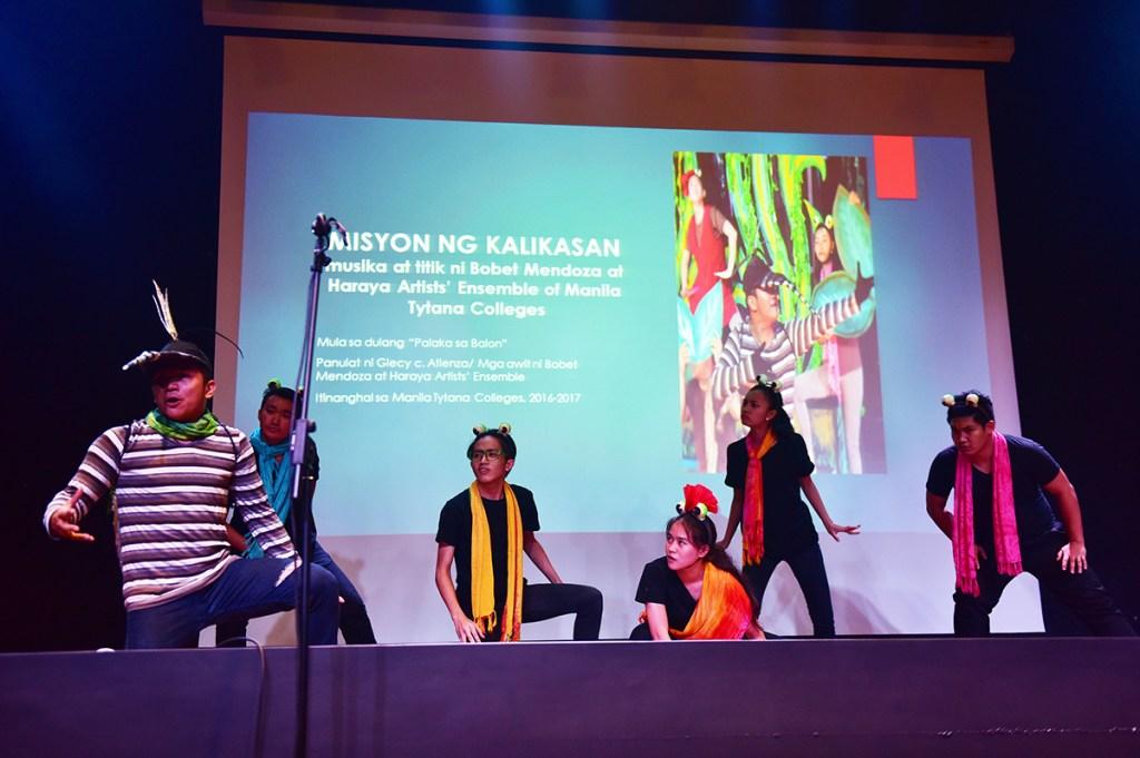 "Students of Manila Tytana Colleges perform a piece from ""Misyon ng Kalikasan"" (Photo by Bong Arboleda, UP MPRO)"