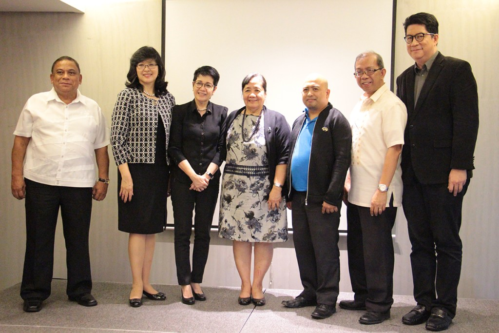 'The speakers at the Aghambayan launch are joined by officials from UP and the DOST. (Photo by Jun Madrid, UP MPRO)