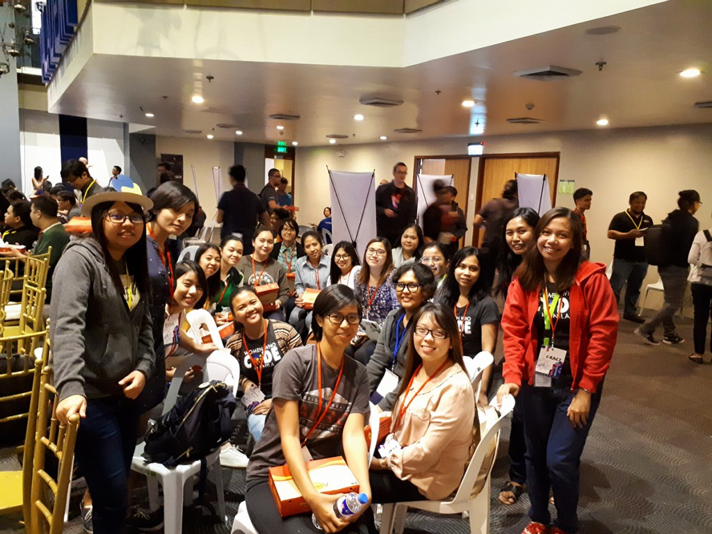 Marylette Roa (2nd row, blue ID strap) with members of Women Who Code Manila at Pycon PH 2018. (Photo by Women Who Code Manila)