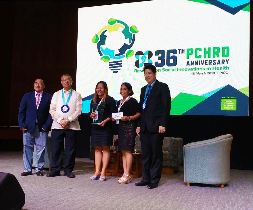"""Seal of Health Governance (SOHG) was awarded the """"Outstanding Social Innovation in Health."""" The award recognizes the program as an excellent model of social innovation in health that enables the delivery of a more inclusive, effective and affordable health service in the community. (Photo courtesy of the Local Government of Del Carmen, Surigao del Norte)"""