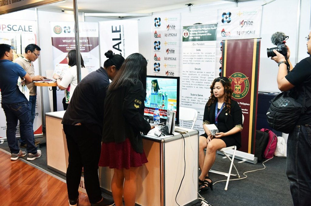 Scientific researches on display at the Aghambayan Innovation Festival (Photo by Bong Arboleda, UP MPRO)