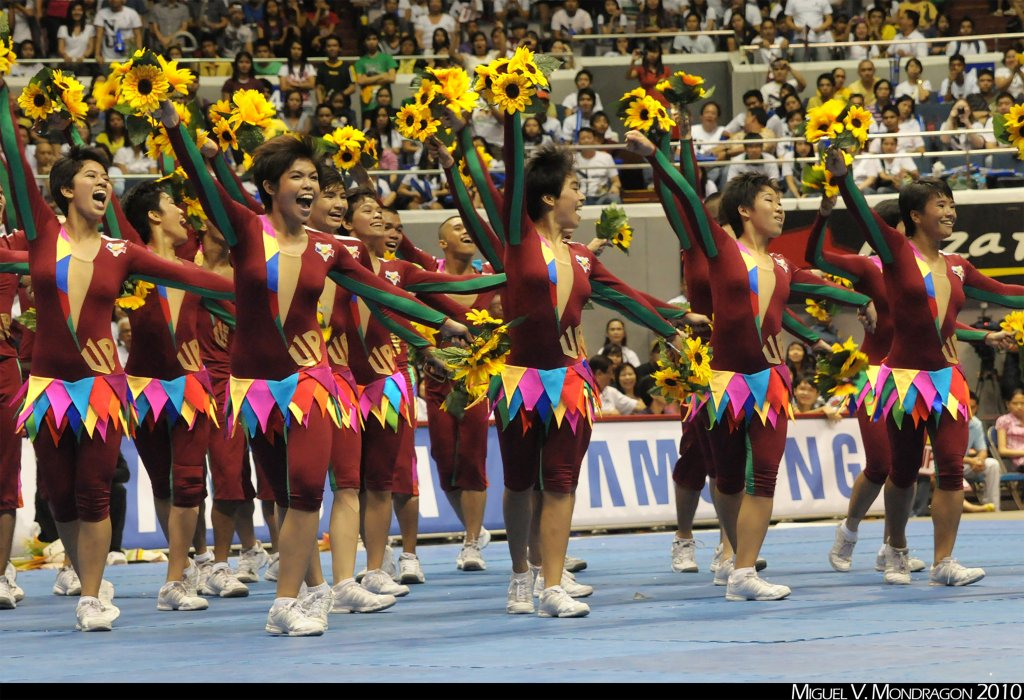 The UP Pep at the 2010 UAAP Cheerdance Competition: With the fiesta-themed routine, their costumes were adorned by banderitas. (Photo by Miguel Mondragon)