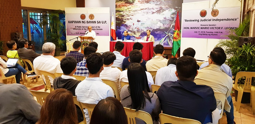 """Hon. Mario Victor """"Marvic"""" F. Leonen, associate justice of the Supreme Court of the Philippines, gives a lecture on judicial independence. (Photo by Jun Madrid, UP MPRO)"""