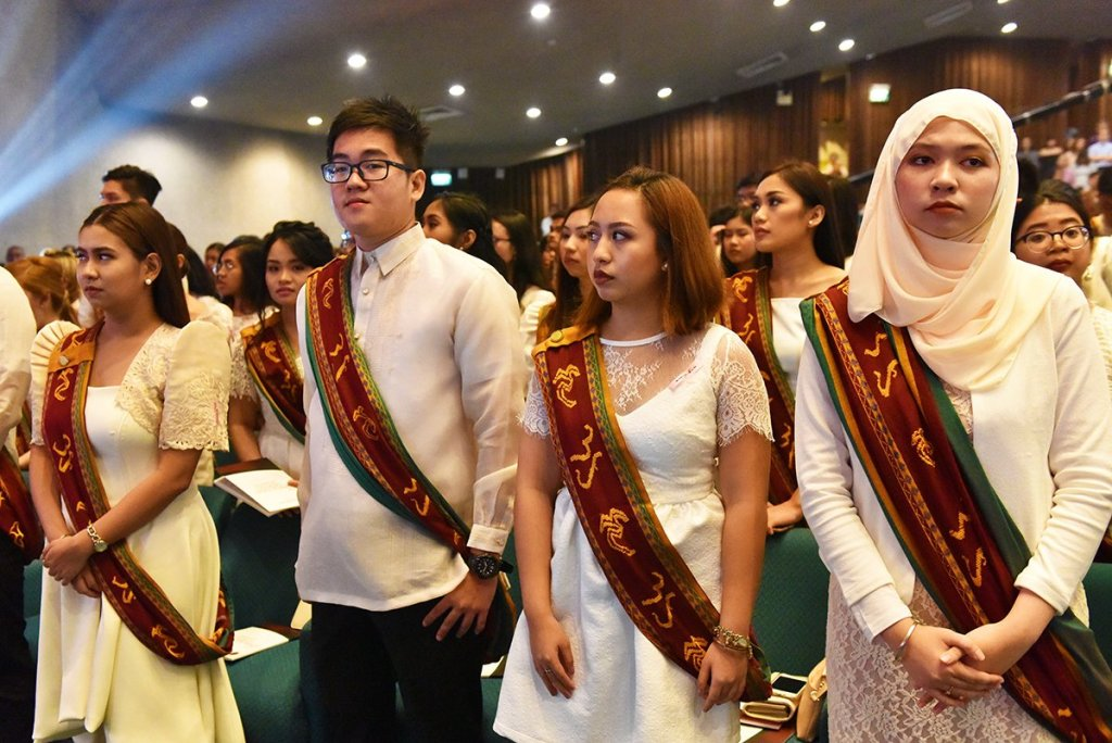 Members of the UP Manila Class of 2018. (Photo by Abraham Arboleda, UP MPRO)
