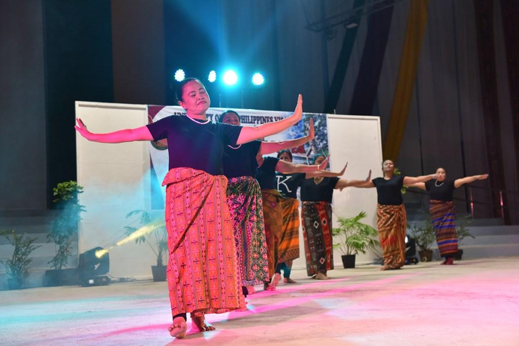 UP Mindanao delegates in malongs perform select Mindanao indigenous dances. (Photo by Bong Arboleda, UP MPRO)