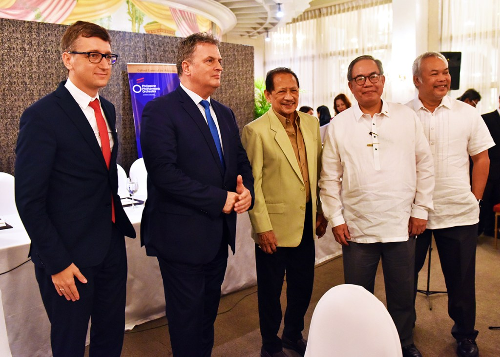 UP Vice President for Public Affairs Jose Dalisay Jr. (fourth from left) with Hungarian diplomats David Ambrus and Ambassador Jozsef Bencze; and Cultural Center of the Philippines President Arsenio Lizaso and Vice President-Artistic Director Chris Millado. PPO will be hosted by UP in December 2018 and will be led by renowned Hungarian pianist and conductor Tamas Vasary in a concert in February 2019. (Photo by Bong Arboleda)