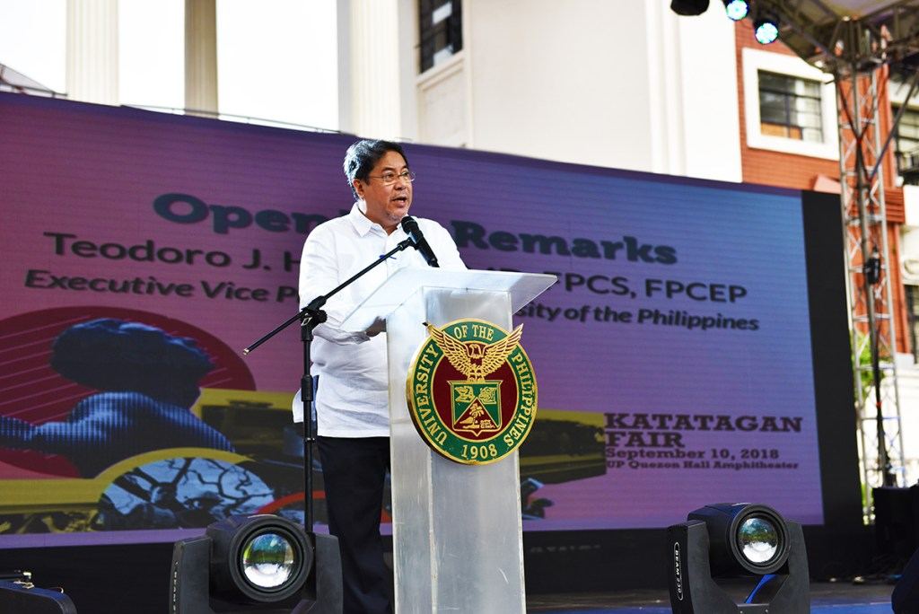 Executive Vice President Teodoro Herbosa, a trauma doctor and former Health undersecretary, stresses UP's responsibilities on DRRM. (Photo by Bong Arboleda, UP MPRO)