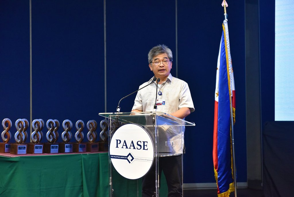 Dr. Perry Ong of the College of Science gives his opening remarks. (Photo by Bong Arboleda, UP MPRO)