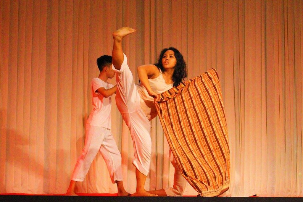 A scene from the UP Mindanao Dance Ensemble's 2016 performance entitled Pagsalop sa Adlaw. Photo from Ira Apara, UPMinDE.