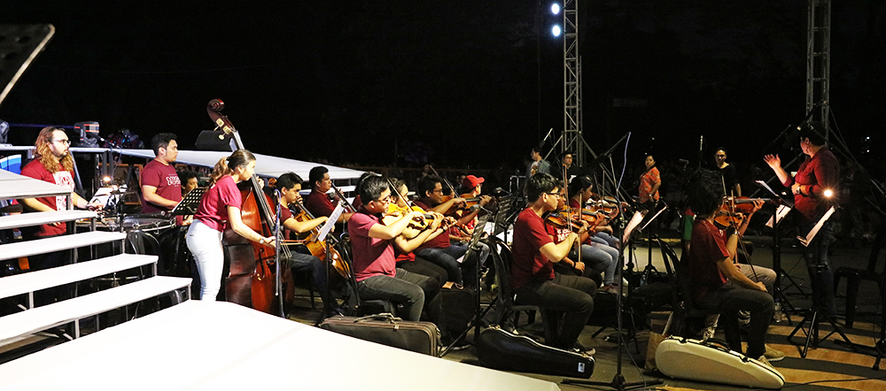 The orchestra composed of College of Music students and alumni (Photo by Misael Bacani, UP MPRO)