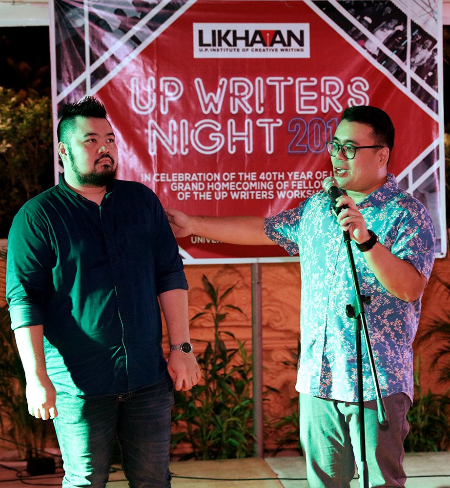 Dr. Chuckberry Pascual (left) and Dr. Eugene Evasco, editors of Likhaan 12 (Photo by Misael Bacani, UP MPRO)