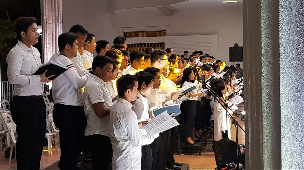 UP's choral groups sing as one chorus. (Photo by Jo. Lontoc, UP MPRO)