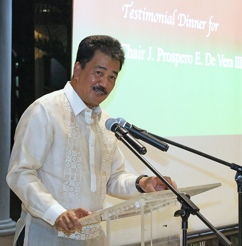 "The honoree, Commission on Higher Education Chairperson J. Prospero de Vera III says he is privileged to be with friends ""in our quest to make Filipinos' lives better through education."" (Photo by Misael Bacani, UP MPRO)"