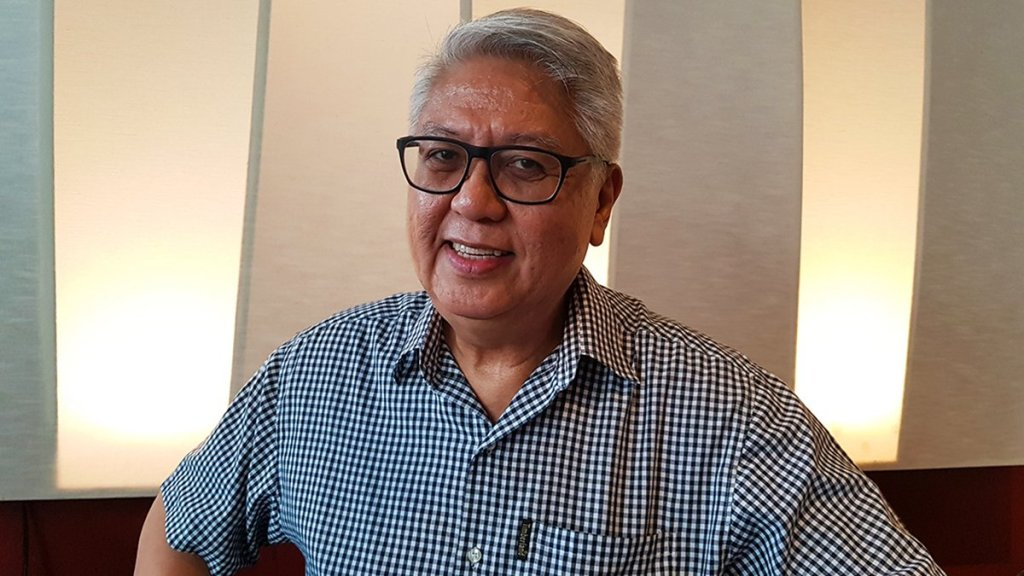 Ryan Cayabyab sits for a spell with the UP Forum. (Photo by Celeste Castilio, UP MPRO)