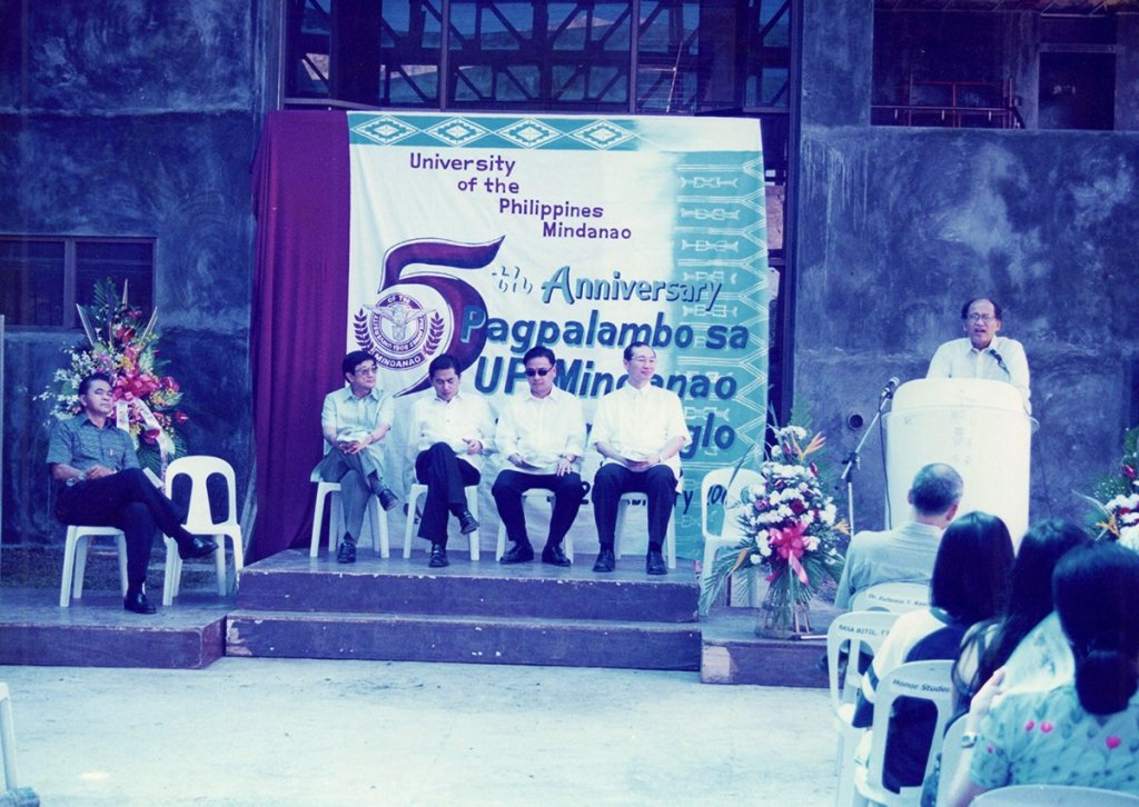 Taken in 2000 when UP Mindanao celebrated its fifth anniversary. Seated onstage is John Gaisano (rightmost). (Photo from Rene Estremera, UP Mindanao)