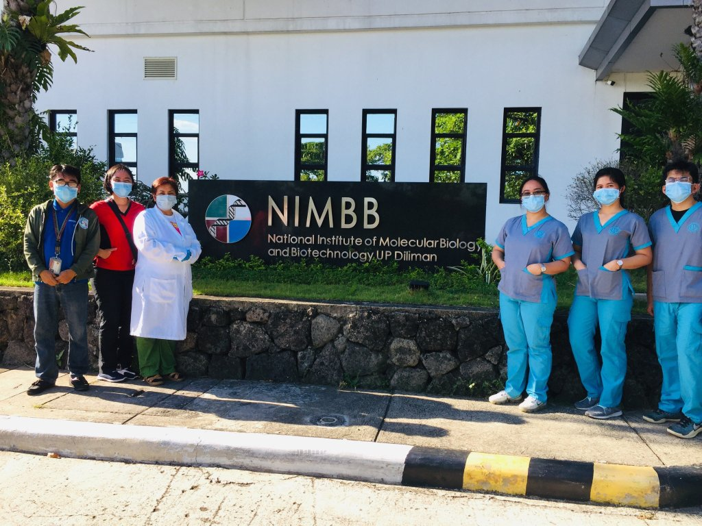University personnel and participants of the UPD-NIMBB workshop on COVID-19 detection at the training premises. Photo courtesy of UPD-NIMBB