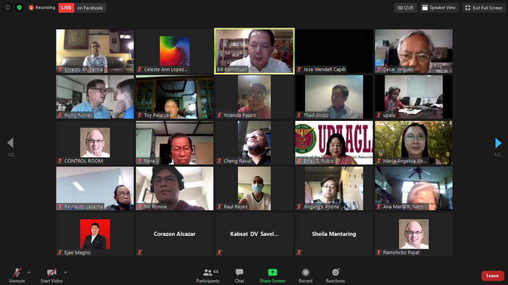 UP alumni and members of the UP community gather via Zoom for the UPAA Kapihan featuring UP Professor Emeritus and former NEDA Secretary Ernesto M. Pernia (top left corner). Replay of the Kapihan can be viewed here. (https://www.facebook.com/UPAA.Secretariat/videos/3652252628132830/)
