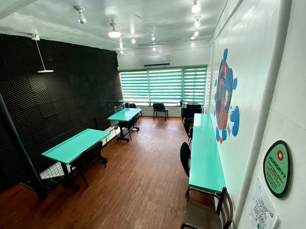 Photo of the indoor working and study space in The Hatch Hub.Image from Mr. Jules Guiang.