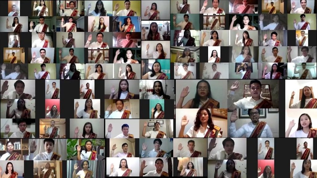 The members of UPLB Class of 2020 shift their sablay and swear their loyalty to their Alma Mater as new UP alumni. Screenshot from the replay on UPLB's YouTube channel. [https://www.youtube.com/watch?v=UnBjK0QTKo4]